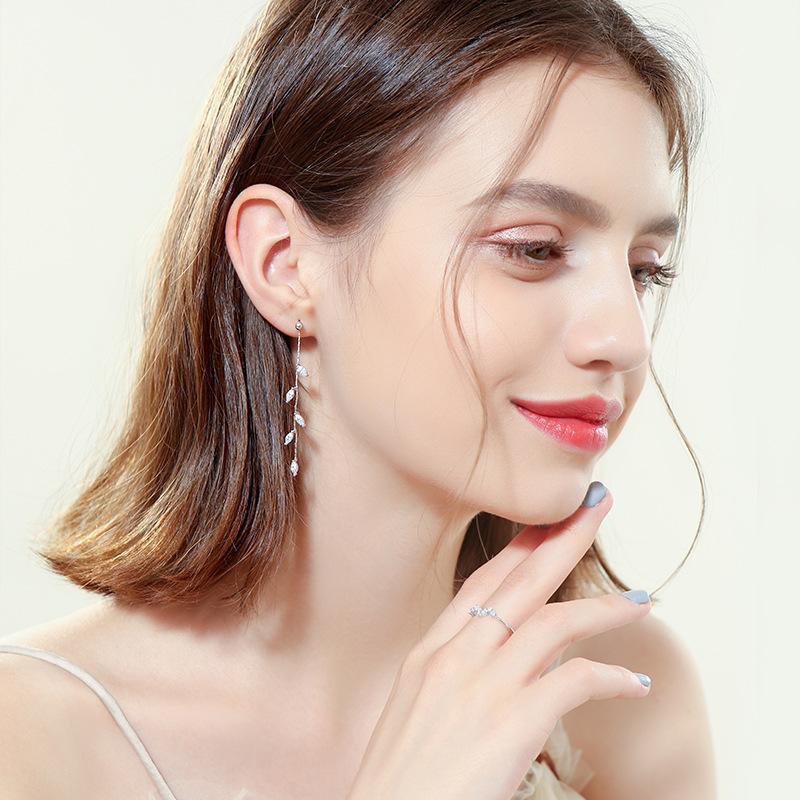 Women's Frozen Leaves Earrings