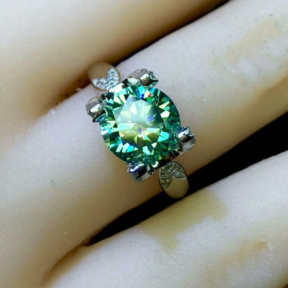 1 Carat Green Moissanite Diamond Ring