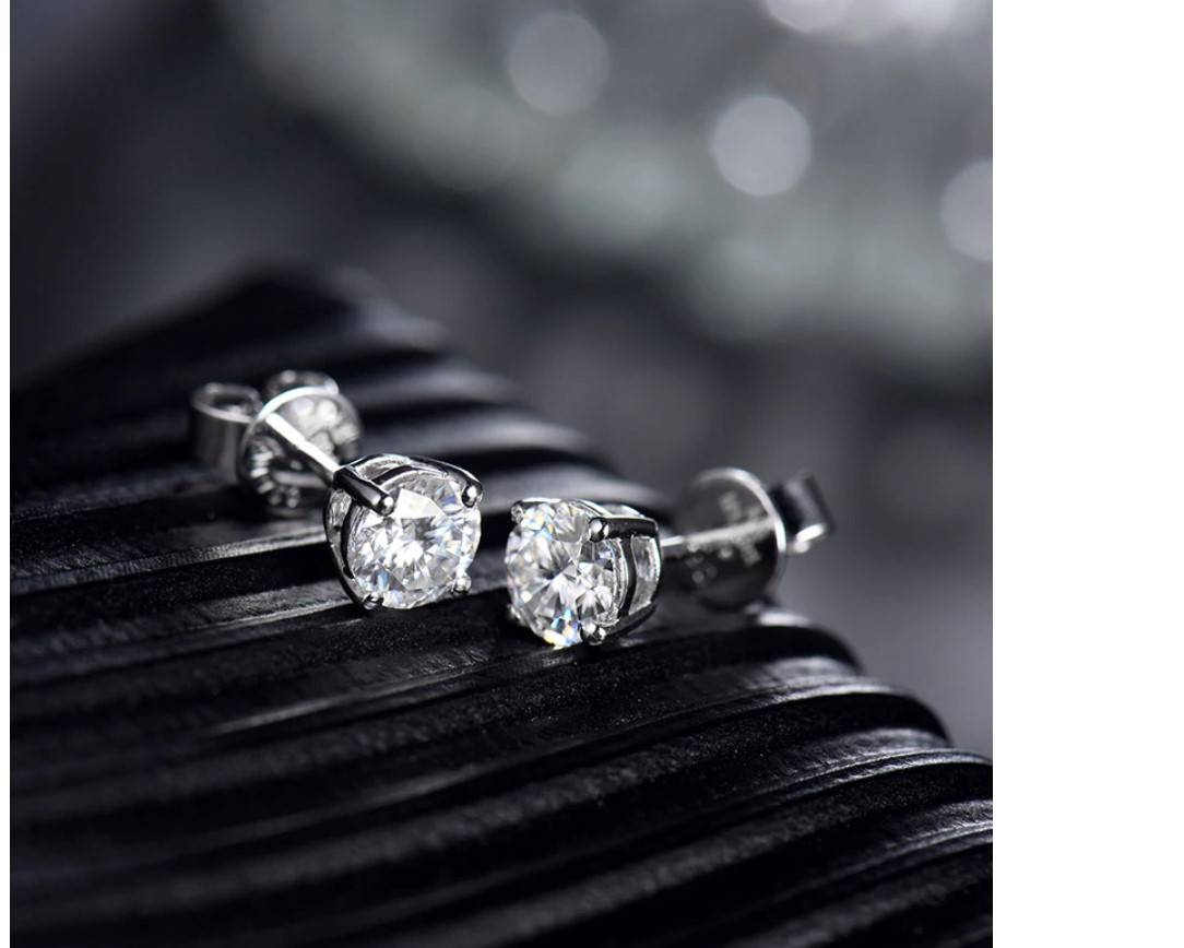 Women's 14K Gold Moissanite Stud Earrings