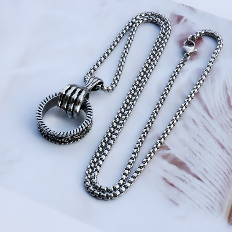 Men's Skeleton Hand Necklace